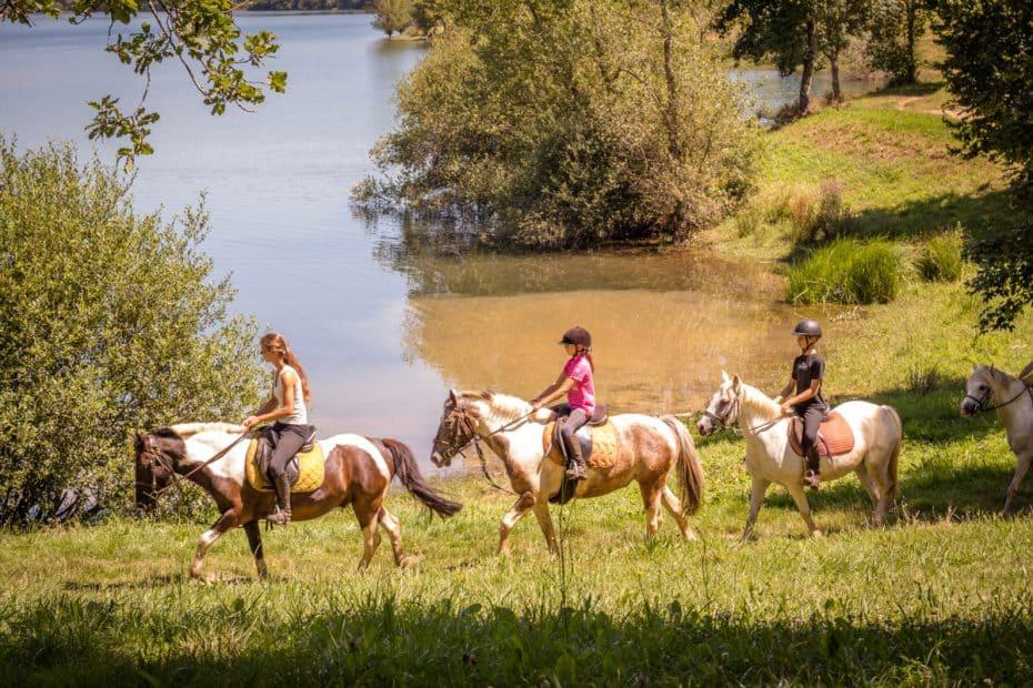 randonnée equestre Lac Bancalie Tarn