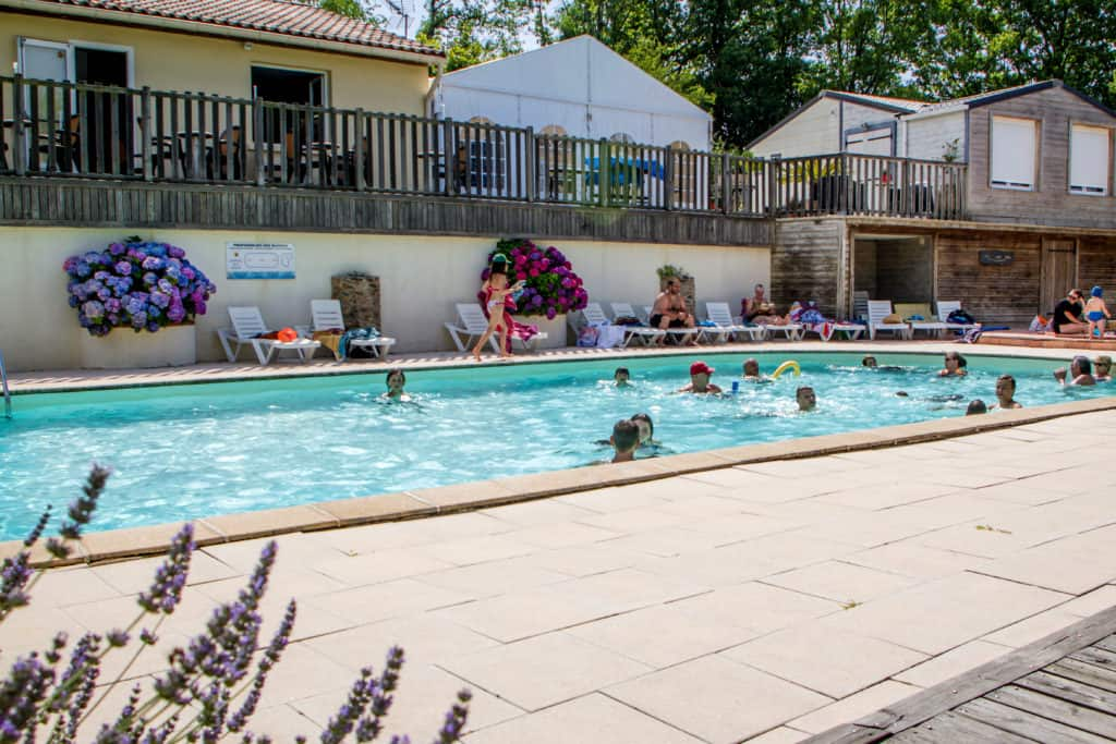 piscine chauffée camping saint ferreol