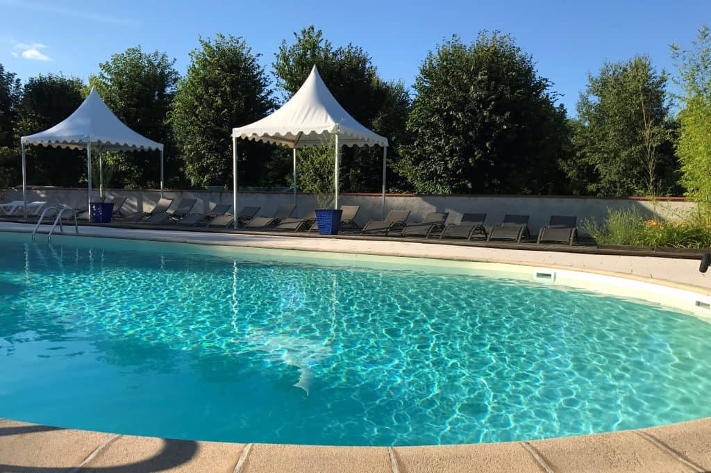 piscine chauffée en exterieur